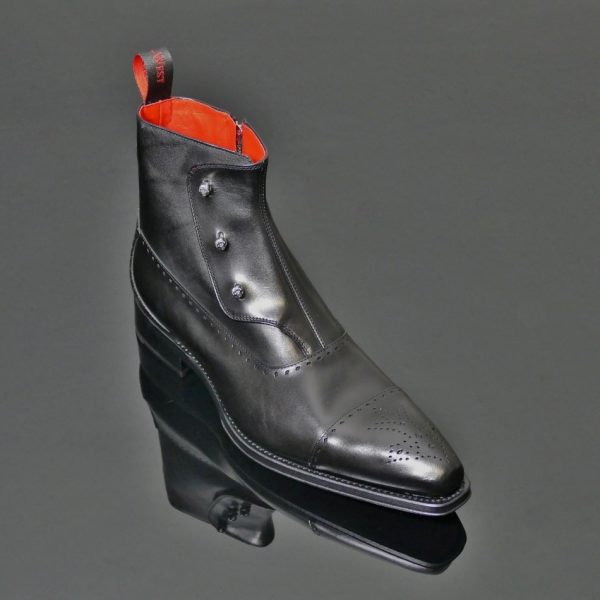 Lugosi Boot Black
