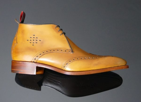 Moon Classic Brogue Punch Chukka
