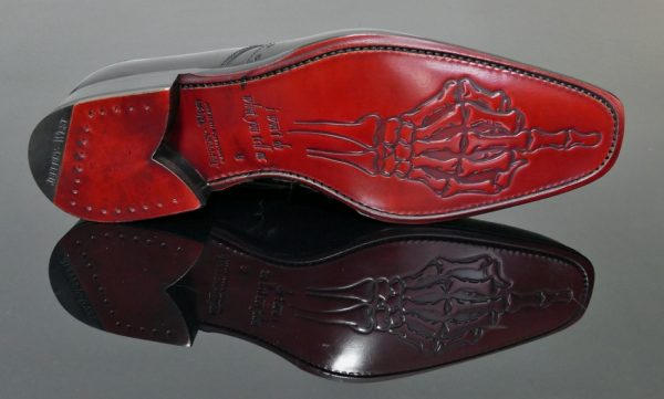 Atticus Wing Tip Gibson