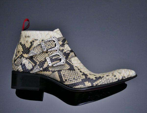 Rochester Deadwood White boots